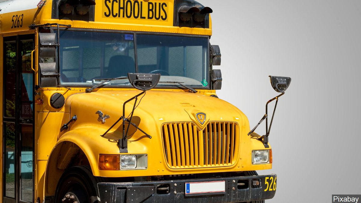 N.H. students allowed back on bus