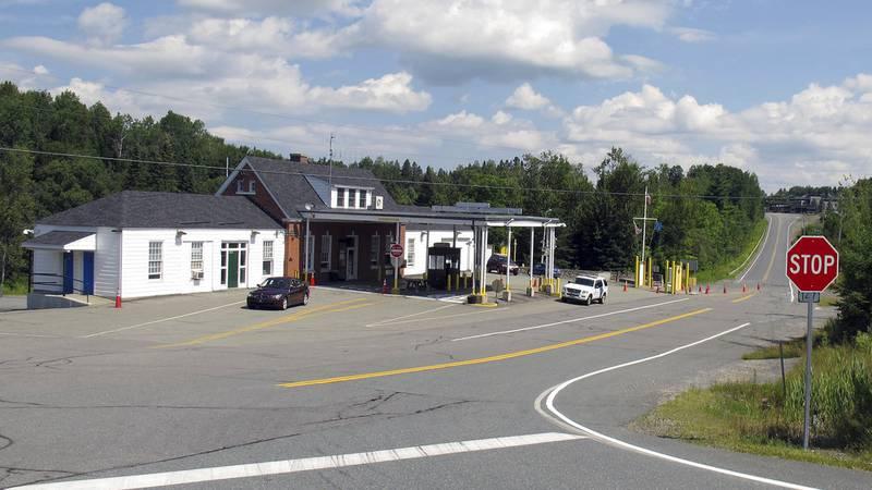 File -- U.S. border crossing post in Norton, Vt.