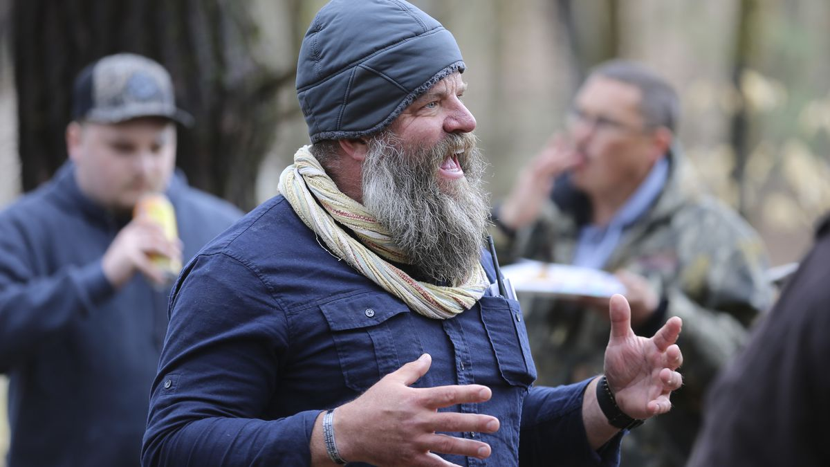 Daniel Banyai, the owner of Slate Ridge Vermont, speaks to supporters on Saturday April 17,...