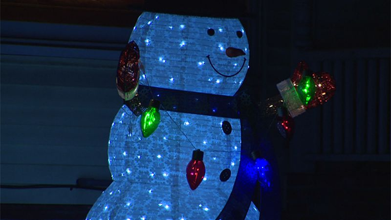 Many families putting up holiday lights up early