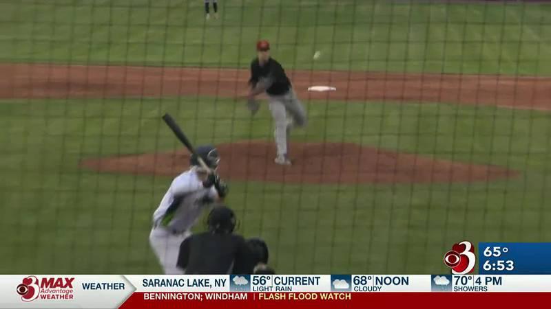 Vermont scores last six runs of 6-5 win in 10 innings