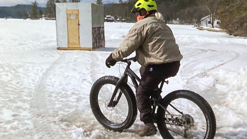 Mountain biking on Lake Fairlee