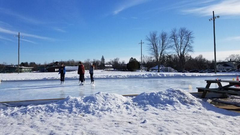 The Middlebury community pitches in to build an outdoor ice rink.
