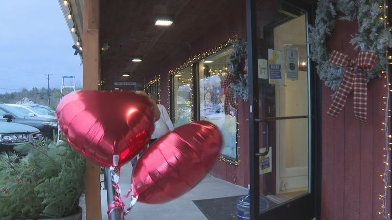 This weekend, you'll see red balloons flying outside of 26 small businesses in Stowe. That's...