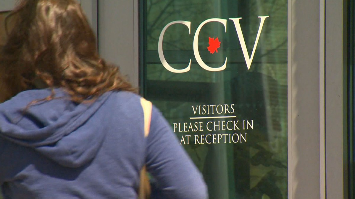 A new grant program offers low-income Vermonters the chance to get a college degree at CCV...