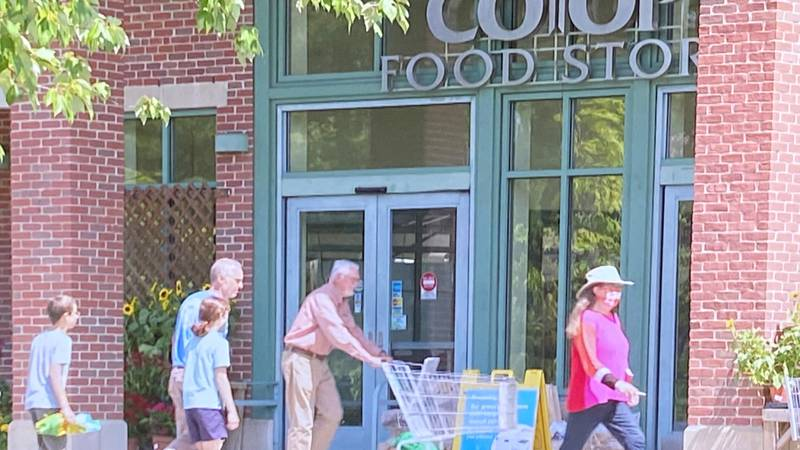 Co-op shoppers in Lebanon, New Hampshire.
