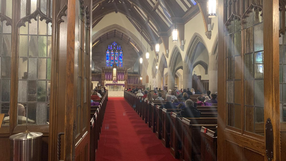 COVID rules are prompting Vermont churches to get creative for services.