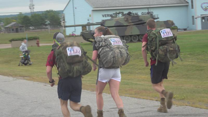 Members of UVM ROTC run the 11K with 40 pounds of gear.
