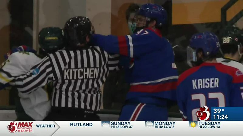 Vermont can't hold early lead in 3-2 loss to Riverhawks